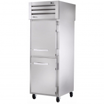 """True STG1RPT-2HS-1G-HC 27.5"""" Spec Series Pass-Thru 1-Section Refrigerator With 2 Solid Half Doors On Front And 1 Glass Door On Rear, Aluminum Interior And PVC Wire Shelves With Hydrocarbon Refrigerant, 115 Volts"""